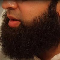 МОЗ Таджикистана советует парикмахерам отказаться от влажного бритья через ВИЧ